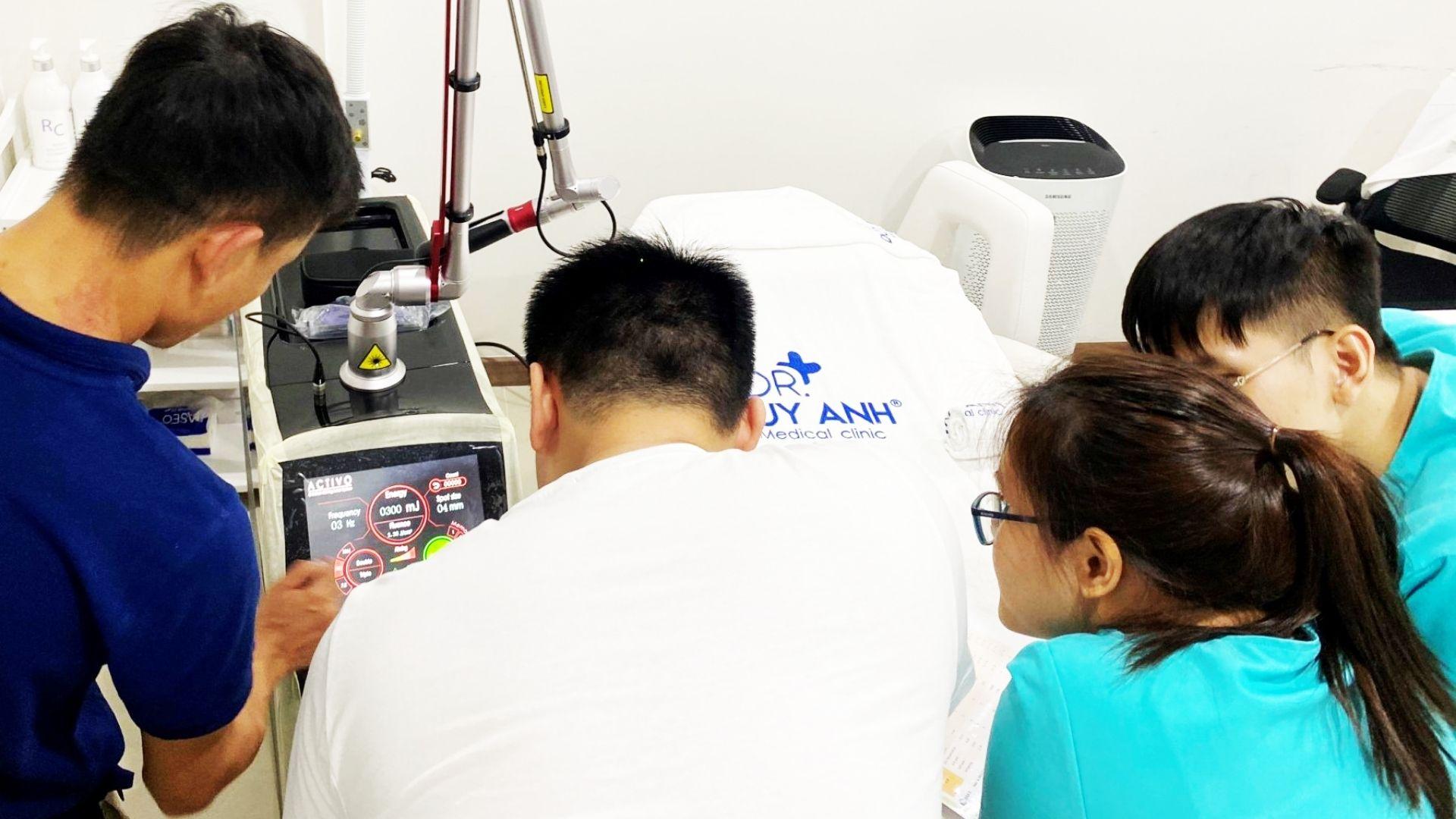 Bàn giao máy Activo tại cơ sở Medical Clinic Duy Anh